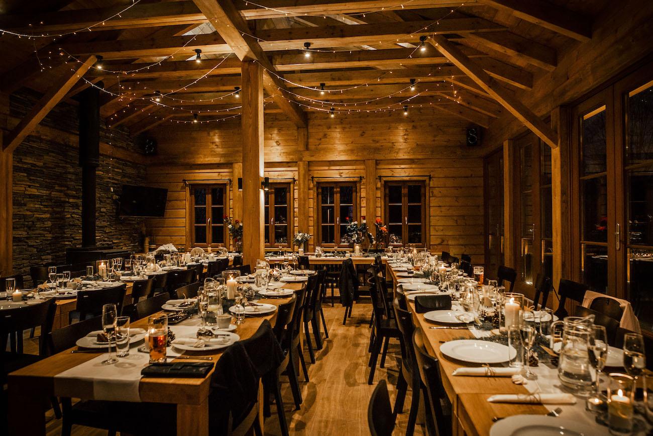 zimní svatební výzdoba stolů