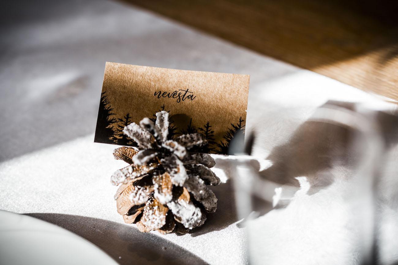 Nevěsta - detail jmenovky