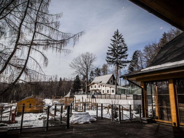 Pohled na zimní resort