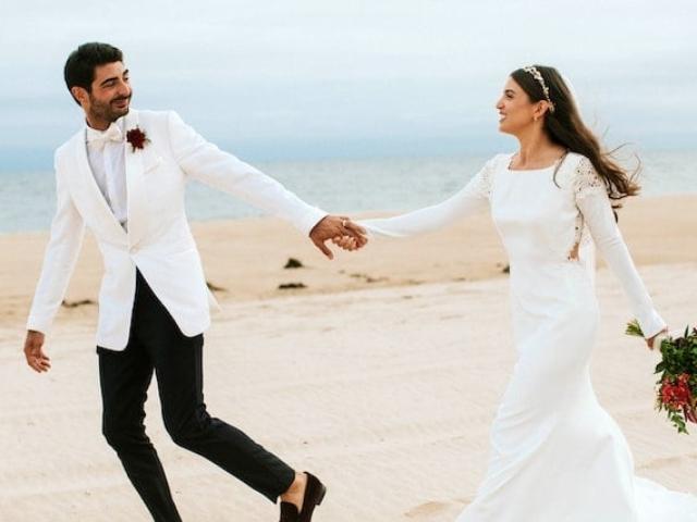 Svatební šaty - přirozený a jednoduchý střih. Svatební trendy 2020