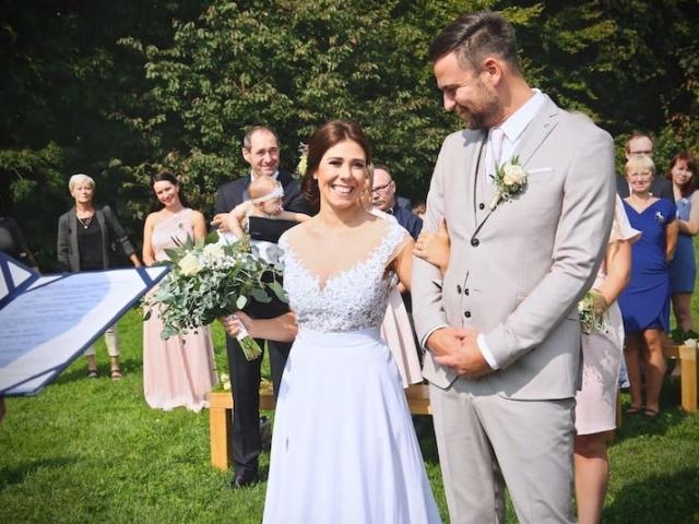 Svatební obřad na louce v Beskydech - léto