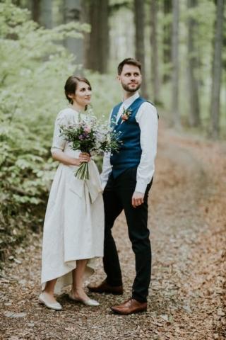 Nevěsta a ženich - přírodní svatba