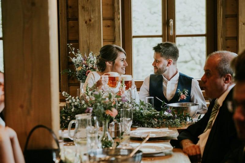 Jarní svatební tabule